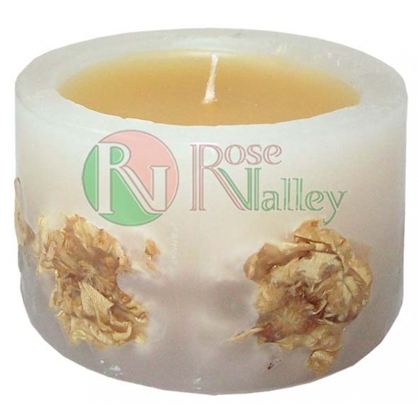 SCENTED CANDLE WITH WHITE ROSE AND VANILLA SCENT 120 G.